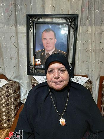 والدة-الشهيد-أحمد-الشبراوى-صديق-المنسى-(5)