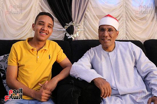 محمود عبد الفتاح الطاروطى و والده
