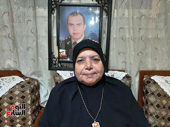 والدة-الشهيد-أحمد-الشبراوى-صديق-المنسى-(3)
