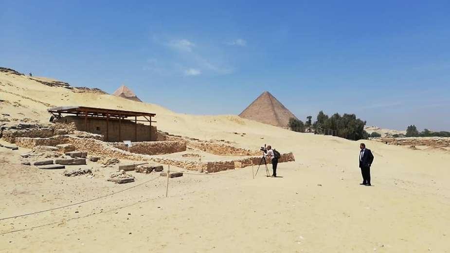 مقابر بناة الأهرام (2)