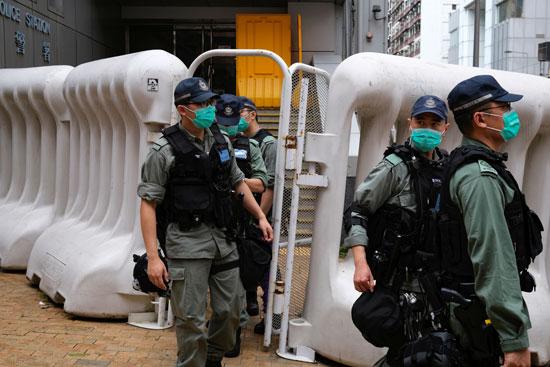 الشرطة تحاصر المكان