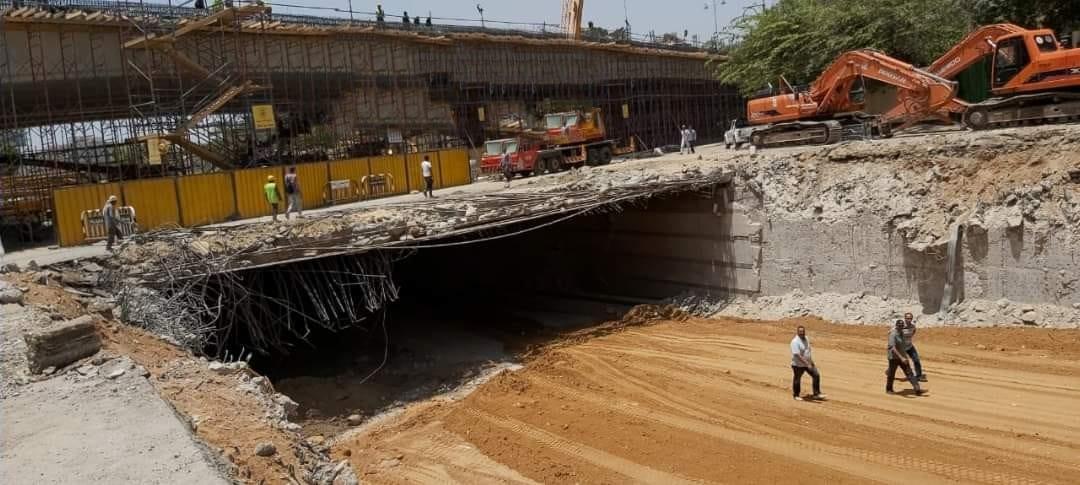 محافظة القاهرة تردم نفق العروبة لحل أزمة المرور والتكدسات بصلاح سالم (3)