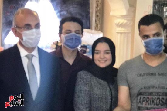 أسرة الممرضة عواطف عبد الصادق (2)