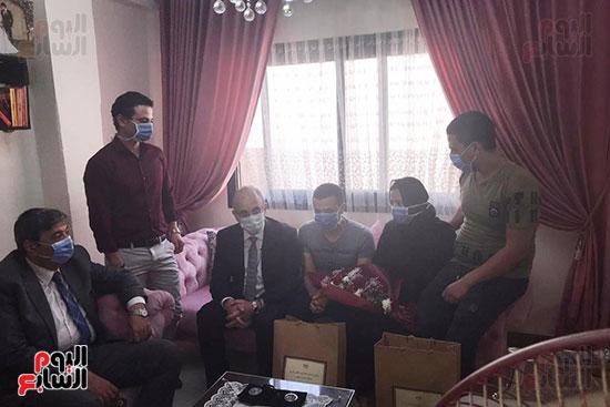 أسرة الممرضة عواطف عبد الصادق (3)