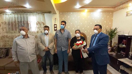أسرة الدكتور أشرف عدلى بقنا شهيد فيروس كورونا (5)
