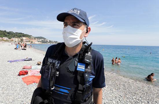 انتشار شرطى مكثف على الشواطىء