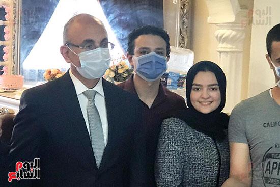 أسرة الممرضة عواطف عبد الصادق (5)