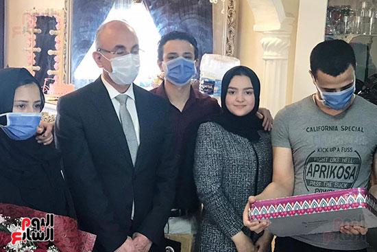 أسرة الممرضة عواطف عبد الصادق (6)