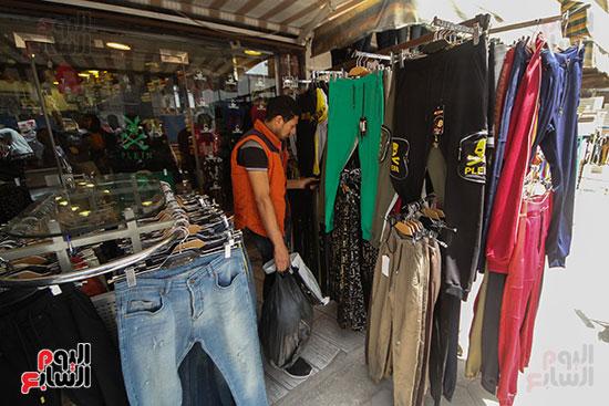 معاينه الملابس