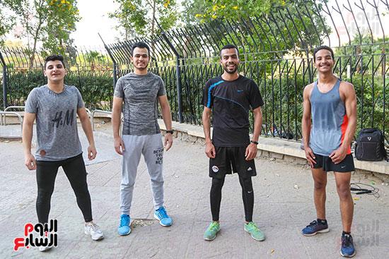 مجموعه من الشباب الرياضي