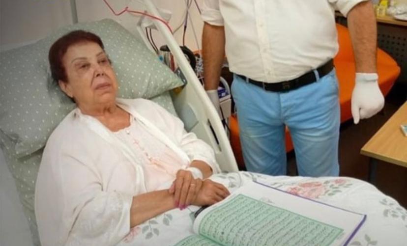 رجاء الجداوى في المستشفى