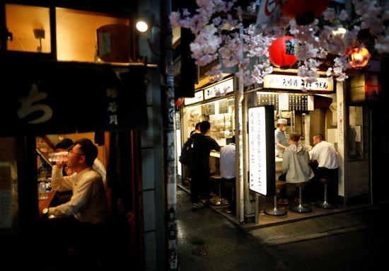 اقبال اليابانيون على المطاعم