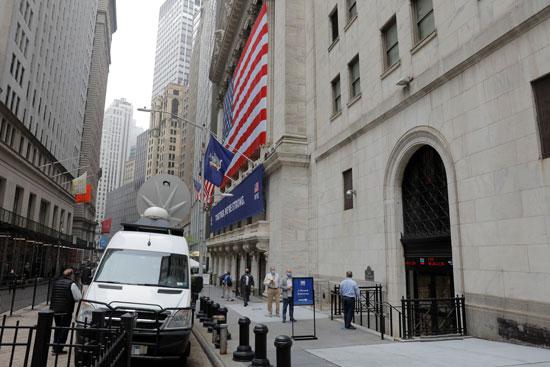 56102-بورصة-نيويورك-تفتح-أبوابها