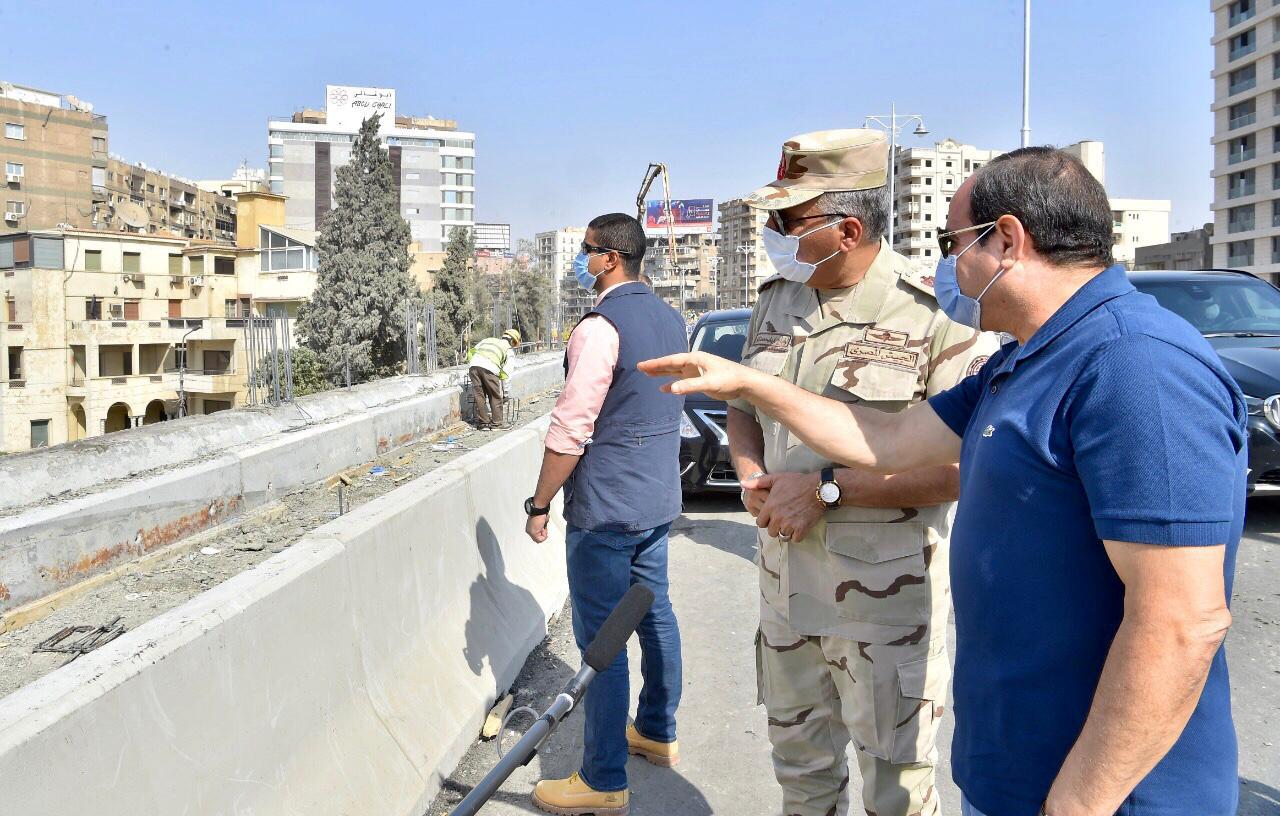 السيسى يتفقد الأعمال الإنشائية لتطوير الطرق والمحاور والكباري بشرق القاهرة (8)