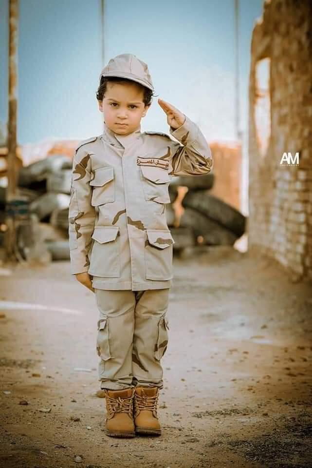 الطفل إياد مع النجم أمير كراره (1)
