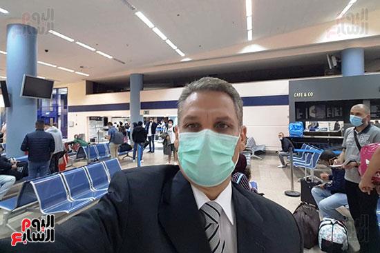العائدين من الخارج بمطار مرسي علم (13)