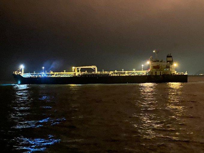 ناقلات ايرانية تحمل البنزين إلى فنزويلا