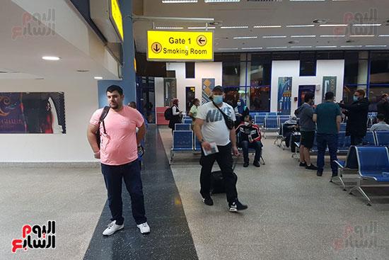 وصول-العالقين-بالمانيا-لمطار-مرسى-علم-(4)