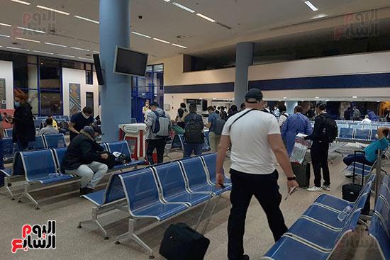 وصول-العالقين-بالمانيا-لمطار-مرسى-علم-(5)