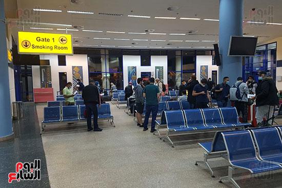 وصول-العالقين-بالمانيا-لمطار-مرسى-علم-(2)
