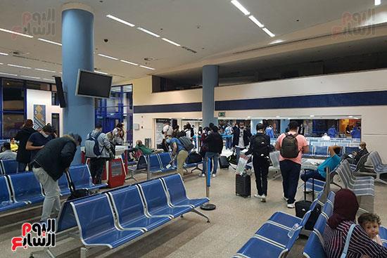 وصول-العالقين-بالمانيا-لمطار-مرسى-علم-(3)