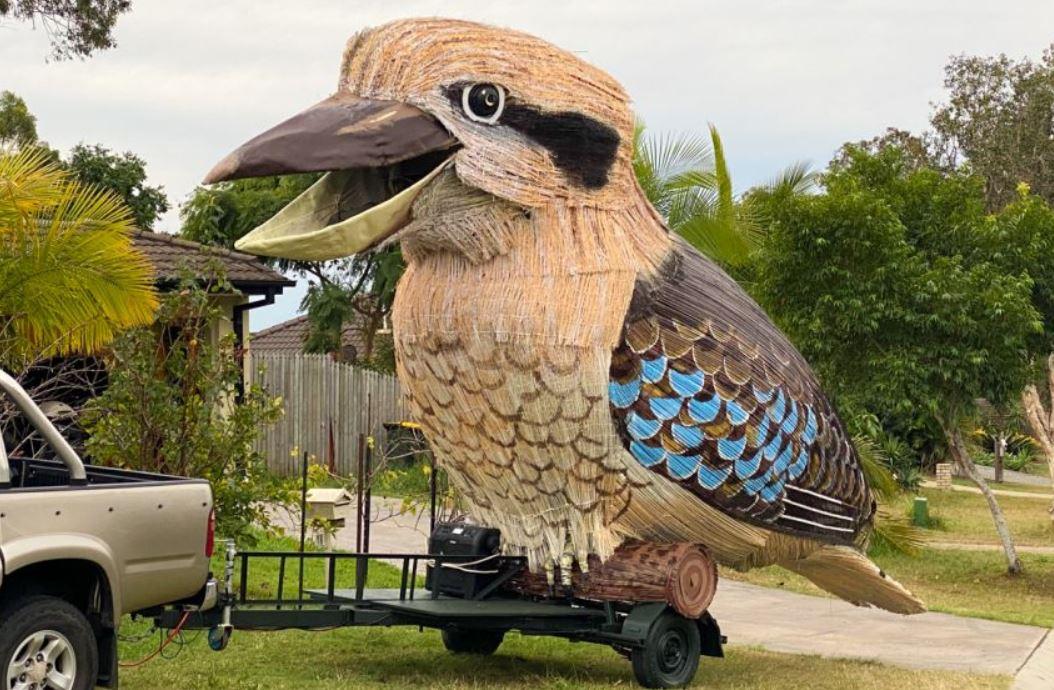 تمثال طائر كوكابورا (3)
