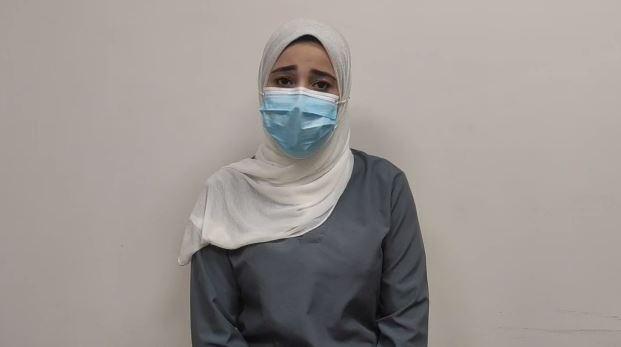 قمر محمود فتحى ممرضة بالمستشفى