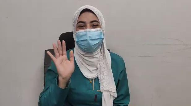 منى الحديدى ممرضة بالمستشفى