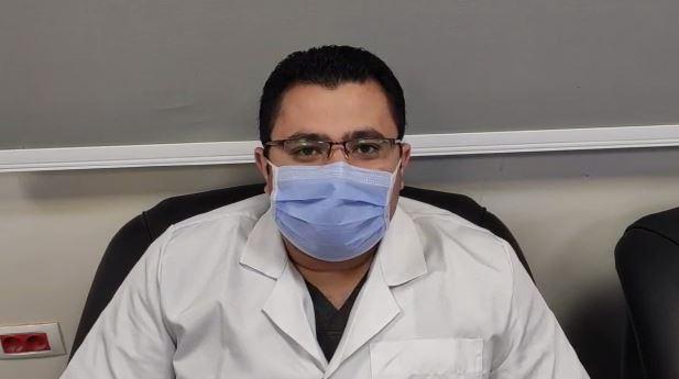 الدكتور إبراهيم حمدى النجار طبيب قلب وعناية مركزة بمستشفى النجيلة