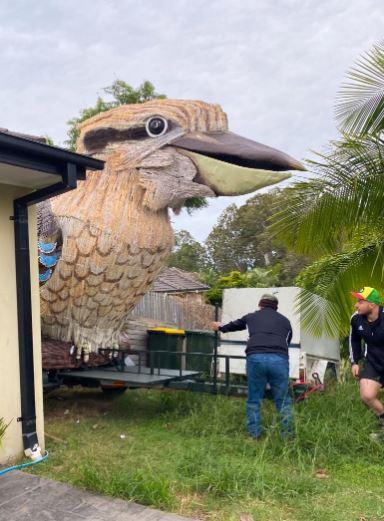 تمثال طائر كوكابورا (1)