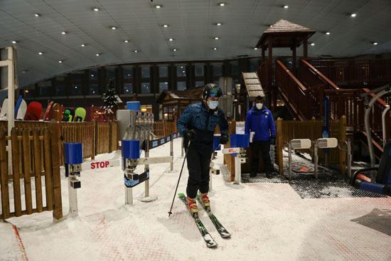 54797-التزلج-بمركز-للتسوق-فى-دبى