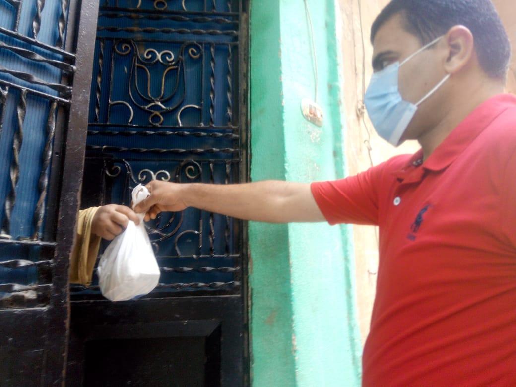 توصيل الأدوية لعلاج مصابى كورونا في المنازل (5)