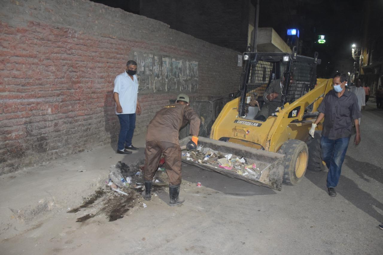 حملات النظافة الليلية بالشوارع