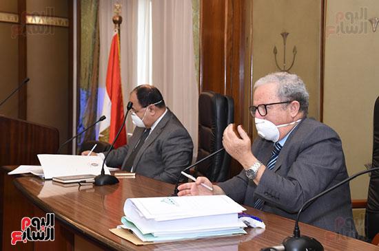 اجتماع لجنة الخطة والموازنة (9)
