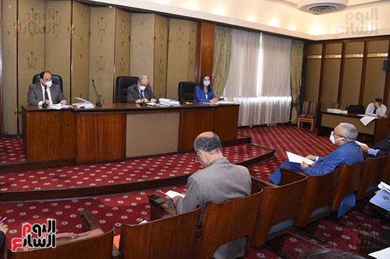 اجتماع لجنة الخطة والموازنة (4)