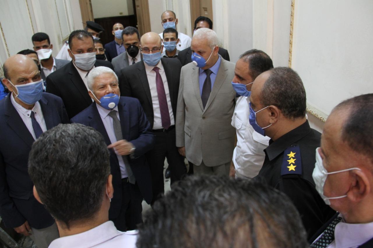رئيس محكمة النقض يتفقد سير العمل بالمحكمة (11)