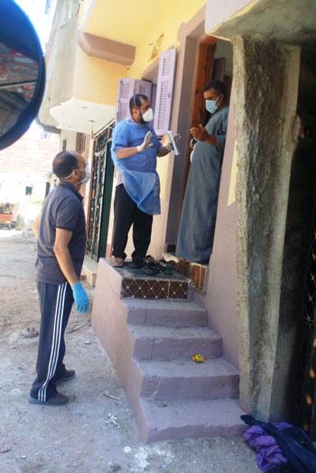 عزل الحالات المخالطة لمدير عزل أبو قير السابق بكفر الشيخ (9)