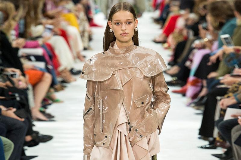 اسبوع الموضة فى باريس