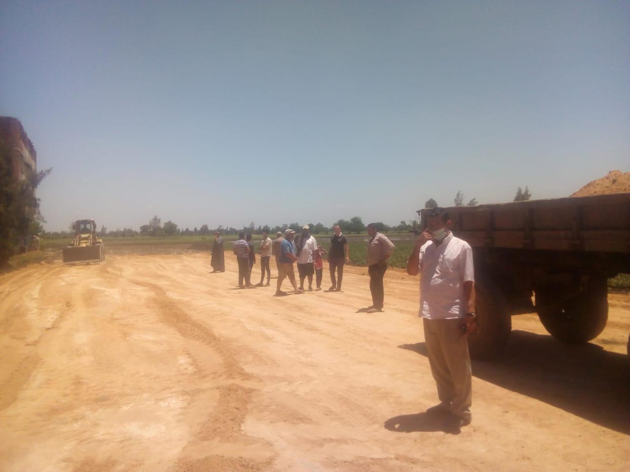 حملات لإزالة التعديات ومخالفات البناء بمراكز ومدن كفر الشيخ (1)