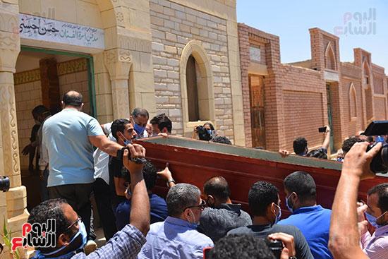 جنازة حسن حسني