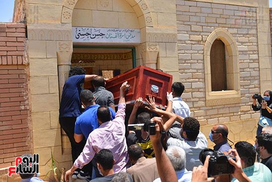 جنازة حسن حسني  (1)