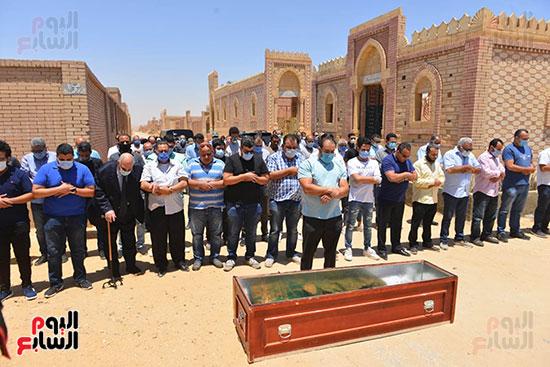 جنازة حسن حسني  (4)