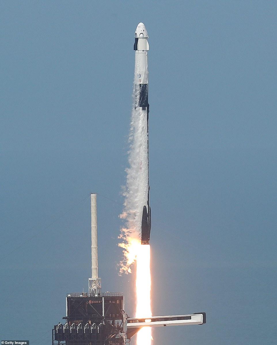 اطلاق الصاروخ 2