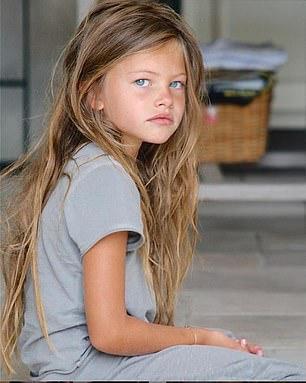 78-013646-beautiful-girl-world-lockdown-paris-2