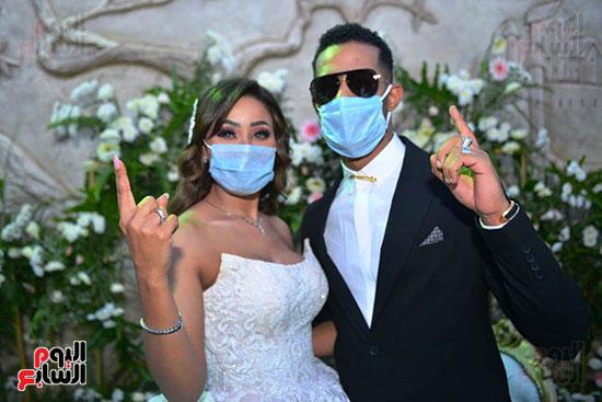 محمد رمضان يحتفل بحفل زفاف شقيقته (28)