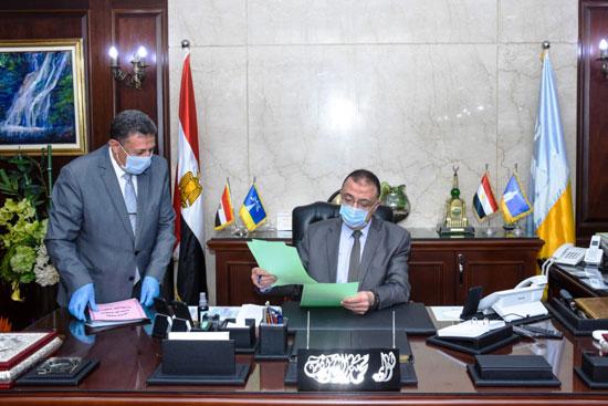 ماذا يحدث بديوان عام الإسكندرية  (12)