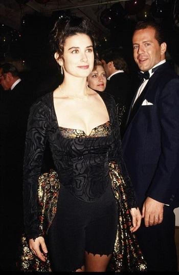 ديمي مور في حفل الأوسكار عام 1989