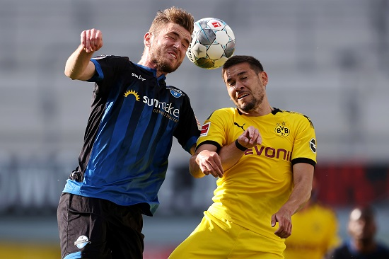 بوروسيا دورتموند يقسو على بادربون بسداسية في الدوري الالماني (5)