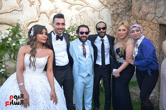 محمد رمضان يحتفل بحفل زفاف شقيقته (14)