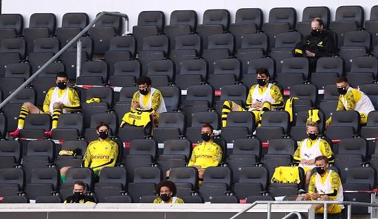 بوروسيا دورتموند يقسو على بادربون بسداسية في الدوري الالماني (6)